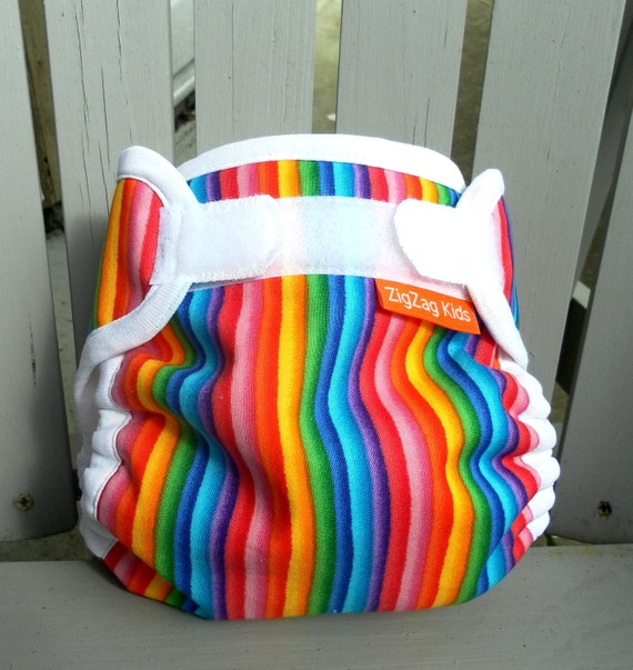 Cloth Diaper Cover With Gussets - Rainbows