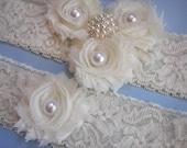 Ivory Lace Bridal Garter Set, Wedding Garter Set, Toss Garter, Bridal Accessories, Pearl Accent