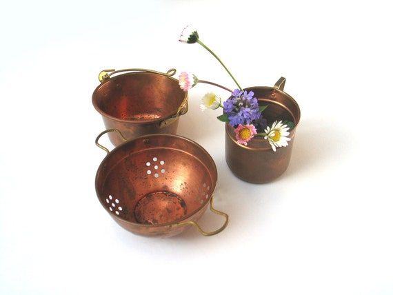 Reserved for Vickie - Set of vintage miniature of  copper and brass kitchen wares  - colander, milk kettle, maize cooking pot - 1960s - mini