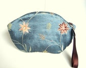 Embroidery Silk Pouch,Makeup Silk Wristlet, Keepsake Bag, Silk Cosmetic Pouch, Embroidery Travel Pouch,Bridesmaids Bag