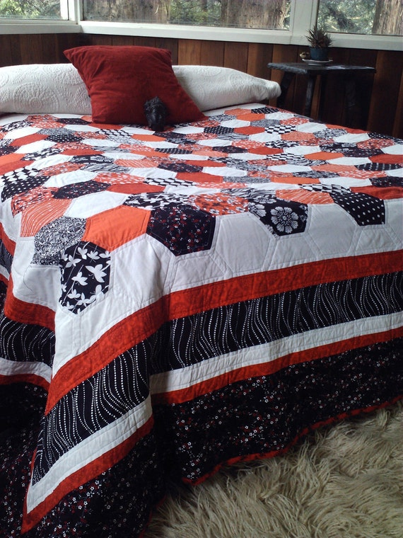 Queen Size Red Black And White Hexagon Quilt