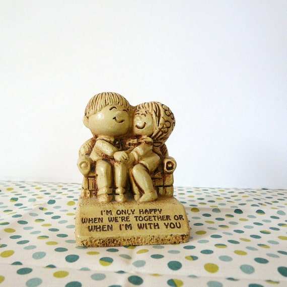 vintage kitsch figurine  ///  retro housewares, 70s, phrase, love, figurines, collectibles, married couple