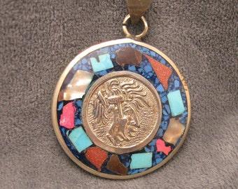 Primitive Pendant Inlaid Stone Mayan H109