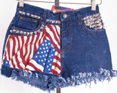 chadwicks studded distressed american flag ethnic boho hippy vintage high waisted denim acid washed jean micro shorts sz 4