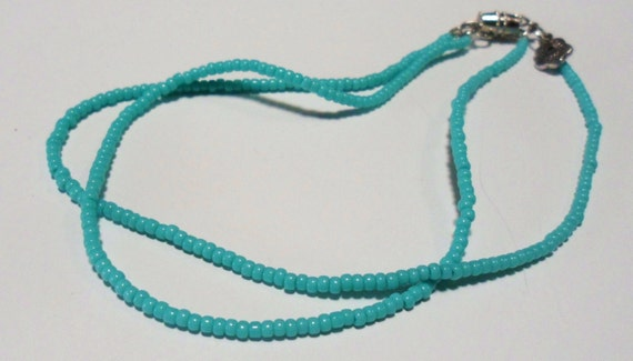 Simple turquoise anklet