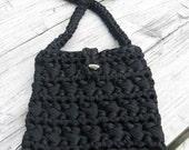 Crochet Shoulder Bag/Black Stretch Ribbon Crochet Shoulder Bag/Borsa a tracolla in fettuccia elastica nera