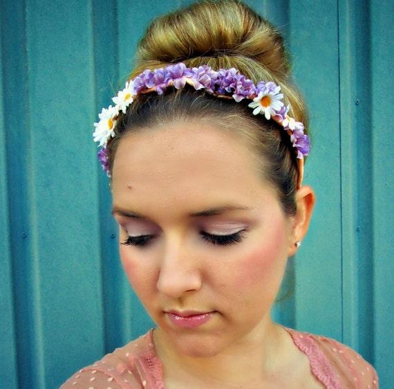 SALE 20% off, Maypole - daisy lavender floral headband