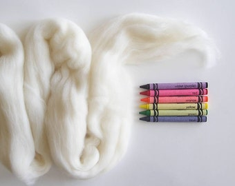 MERINO WOOL ROVING / Off White 1 oz / off white merino top / wool for felting / needle felting wool / infant photography props