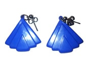 VINTAGE 1960s EARRINGS Blue fan shaped mod art deco style stud earrings, pin up girl style