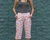 VINTAGE FLORAL CAPRI pants, cutoff cropped jeans, blue and pink flowers