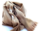 Scarf Beige with metal foliages accessories