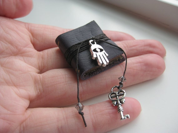 Witch or Gypsy Spell Book - Dollhouse Miniatures