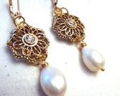 Bridal Gold Filigree Rhinestone Flower with Ivory Freshwater Pearl Earrings