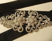 Romantic feminine wedding jewelry rhinestone crystals bridal dress gown belt buckle sash closure clasp