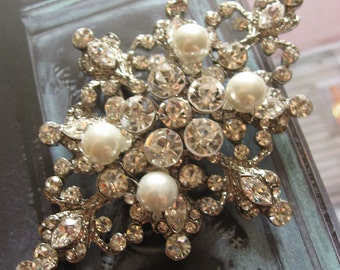 Large Victorian pearls and rhinestone crystals wedding bridal bridesmaids brooch pin