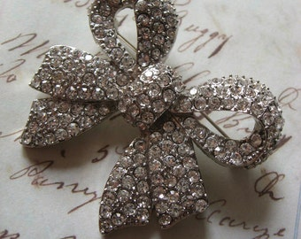 Bling ribbon Swarovski rhinestone crystals wedding bridal brooch pin, ribbon brooch, crystals brooch, rhinestones brooch, bridesmaids giff