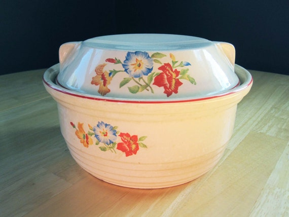 Homespun, Rustic and Warm-Feeling  Universal Pottery Covered Casserole Dish from the 1930s in Red, Blue and Yellow Flowers