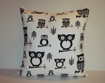 "18"" Owl Pillow"