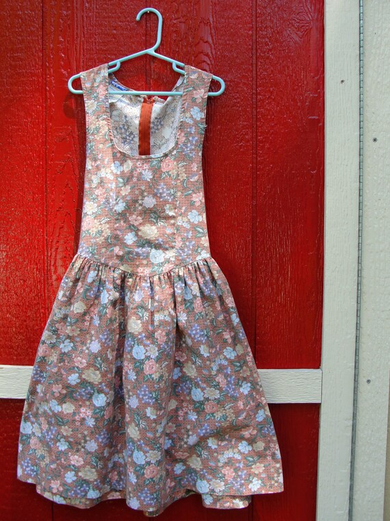 VTG. Polly Flinders floral tank dress.Teen girl. Size 12/14.
