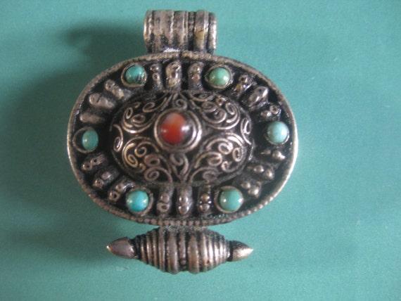 Vintage Ancient Handmade Tribal Tibetan Buddhist Prayer Gau amulet box Pendant