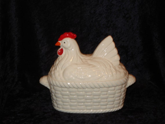 Vintage, 1950s, Country Kitchen, Red and White, Nesting Hen, Covered, Casserole, Tureen