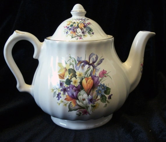 Royal Caldone Ceracraft English Floral Teapot