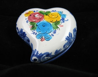 Handpainted Heart Shaped Trinket Box - Covered Dish - Vestal Alcobaca Portugal, Vintage, Numbered