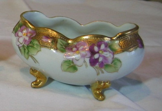 Hand Painted Antique Nippon Morimura Noritaki Footed Ferner Vase Purple Violets Gold Mark 47