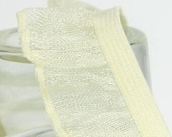 B-027  / 1 yard of  elastic Lace / Color : LightYellow
