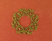 1 Beautiful Round Filigree Frame - Ox Brass - 28mm