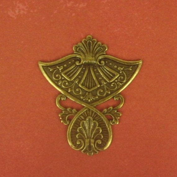 Egyptian Influenced Embellishment - Ox Brass - 38x31mm