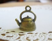 Sale -- 5 Pcs Antiqued Bronze 3D Teapot Charm Pendant 16x15mm CM007-BRZ