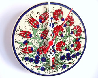 gift ideas for woman, red flower clocks