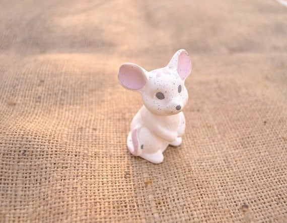 Ceramic painted mouse figurine whimsy kitsch retro cute