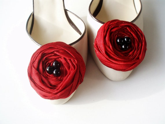 Dark Red Roses Shoe Clips