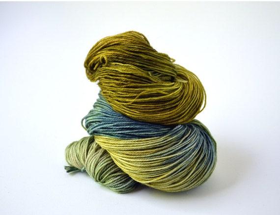 Superwash Merino/ Nylon Sock 420 yards/ 115 g Tawny Moss