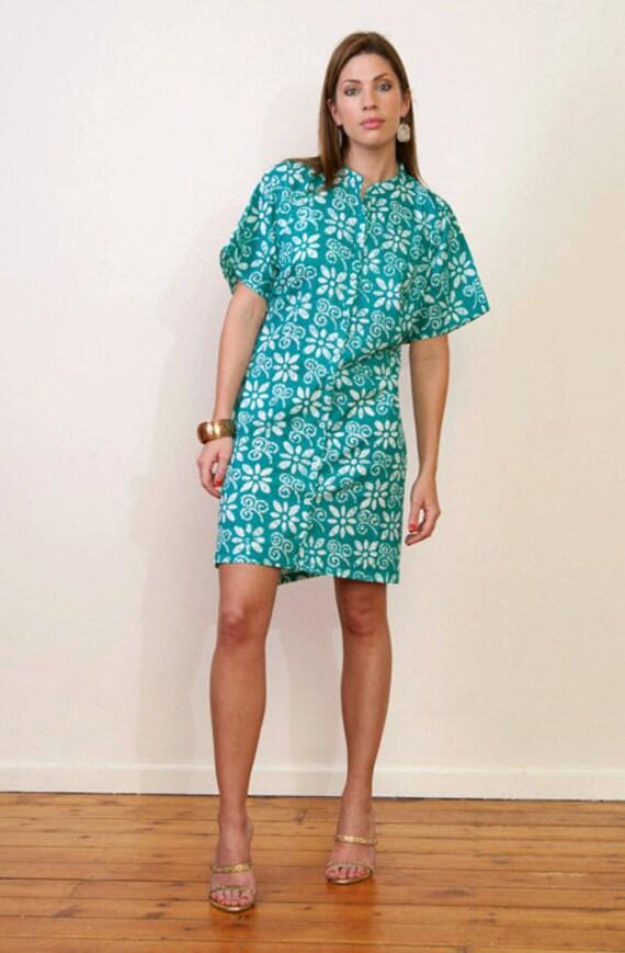 Limited edition. BLEU ET BLANC Button front short cotton kaftan shirt dress. Turqoise blue & white.