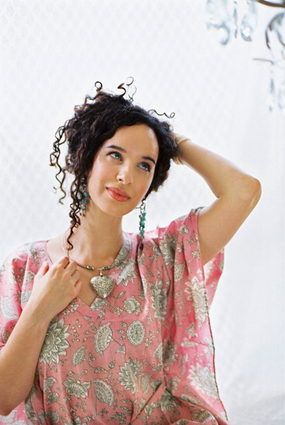 ELVEN SONG short romantic cotton kaftan dress. Lounge wear, oversize dress or maternity kaftan. Beach cover up.