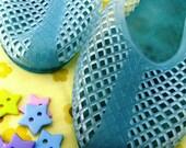 1980s Geek Chic Aqua Blue Weave Vintage Jelly Shoes