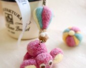 Planet Marshmallow - Wool felt pink elephant who travel with hot balloon Necklace with wood box