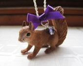 Squirrel ribbon necklace