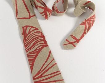 "Mens tie, handmade in 100% Linen. Skinny, pointed end cut. ""ML Design"""
