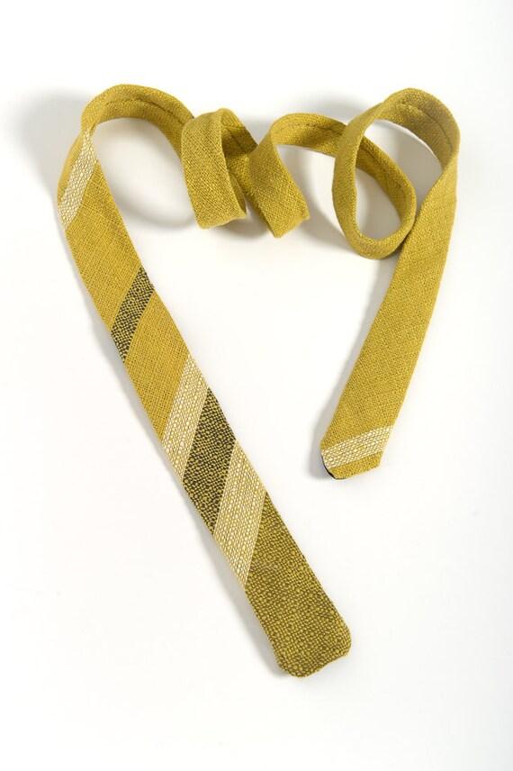 "On Sale: Men's Tie, handmade in vintage fabric. Skinny, square end cut. ""AB Design""."
