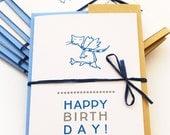 """Letterpress-Karte """"HAPPY BIRTHDAY"""" Katzenmotiv - handgedruckte Klappkarte DIN A 6 300g Letterpresskarton weiß, Umschlag C 6 Papier hellblau"""