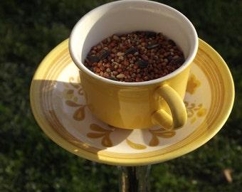 Teacup birdfeeder-Upcyled teacup-Mello Yello