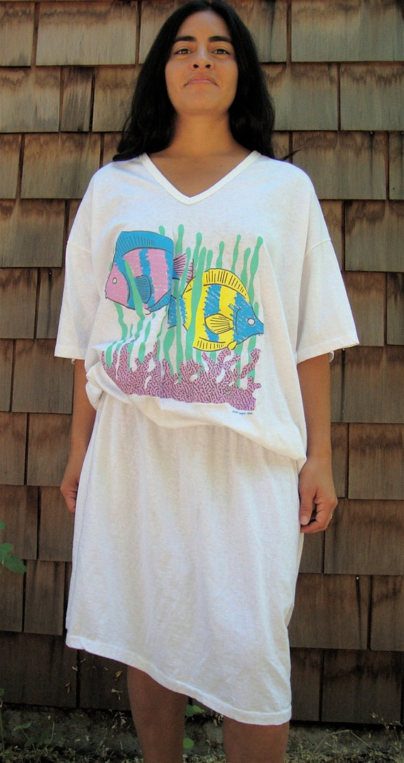 Late 80s White Tropical Coral Fish Beach Cover Up T-shirt Dress (OSFA)