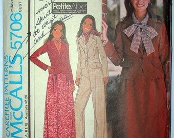 Vintage 70s McCalls 5706 Pattern Womens Unlined Jacket Pants Skirt Miss Size 10