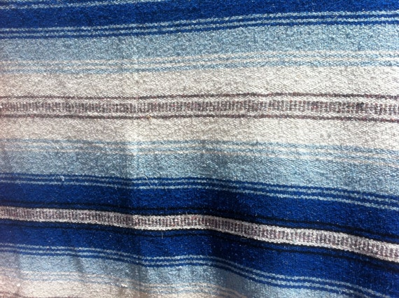 vintage cotton Mexican / Southwestern cotton camp blanket blue and grey 1980's