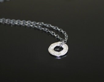 Sterling silver hammered circle necklace, handmade oxidized sterling silver chain necklace, simple everyday jewelry