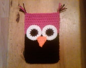 Crocheted Nook (E-reader) Cover - wl - Black and Hot Pink